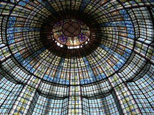 Fragonard Paris - Coupole vitrail du Printemps Haussmann
