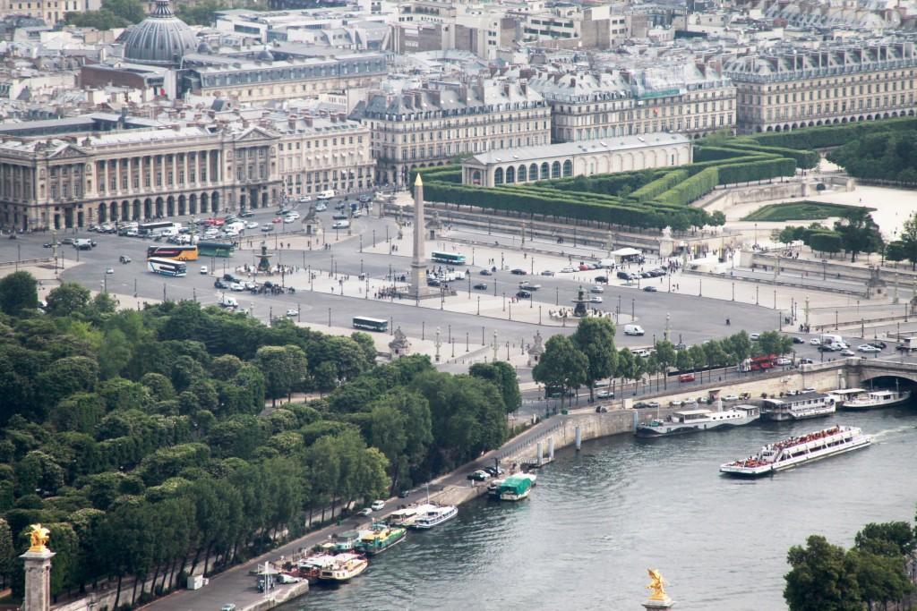 Palais Bourbon - Place de la Concorde