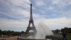 Chaillot - Tour Eiffel - Jet eau