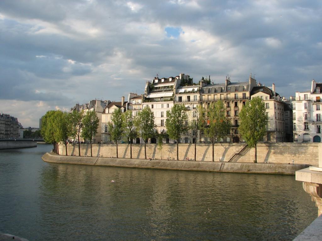 Ile Saint Louis - Quai d'Orléans